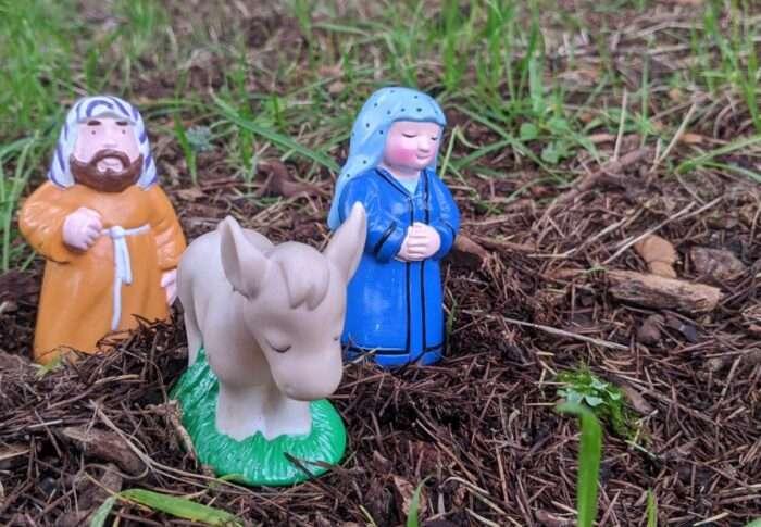 Pray through the Christmas Story